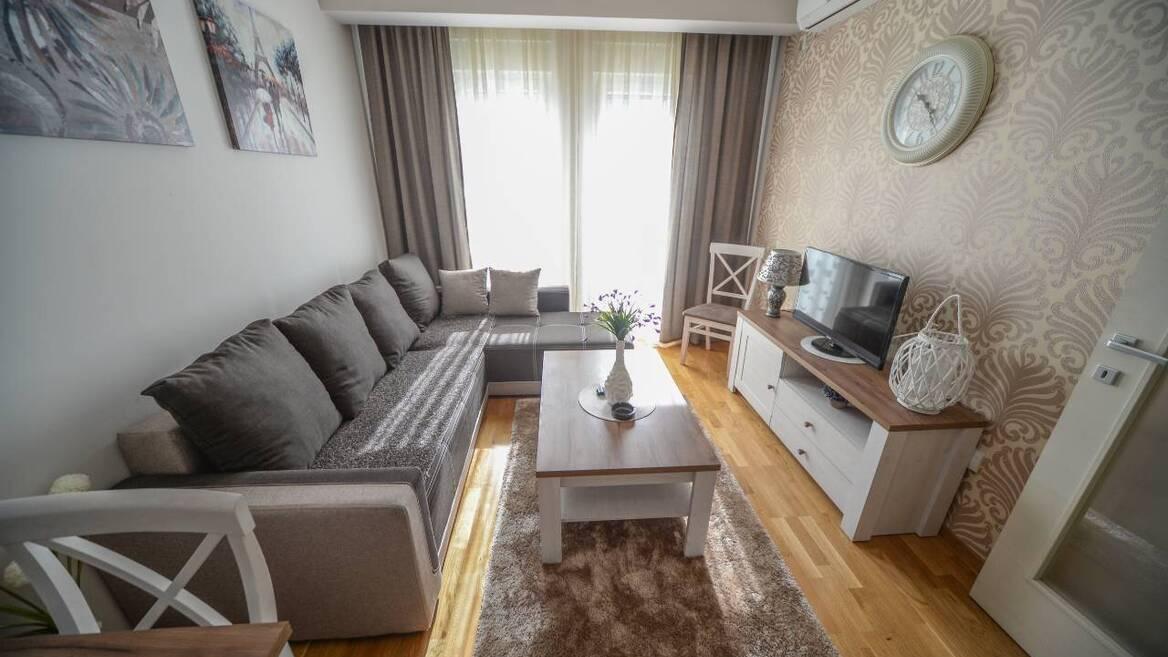 Ilije Plamenca bb, Podgorica