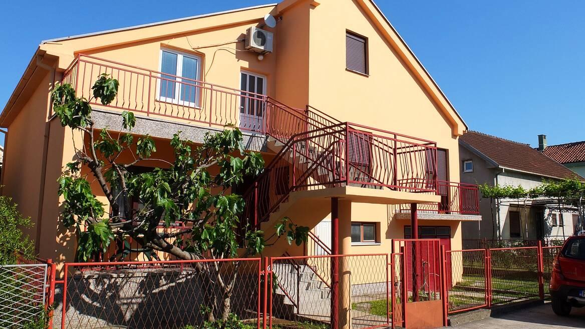Zmaj Jovina 259, Podgorica