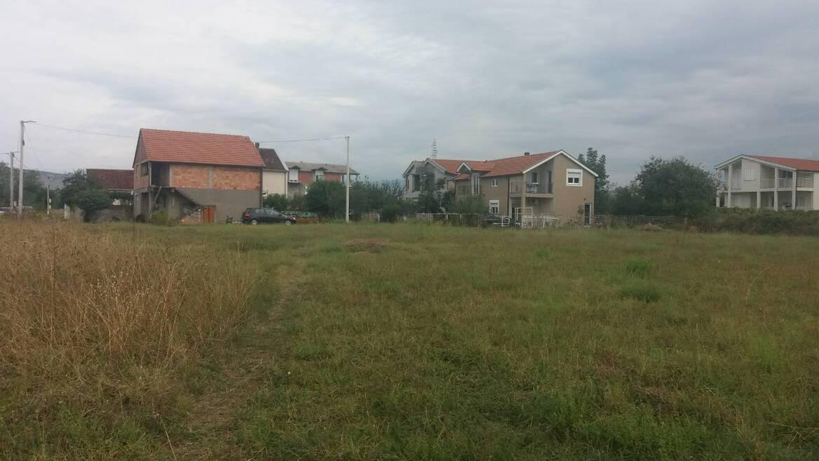 Dahna, Podgorica