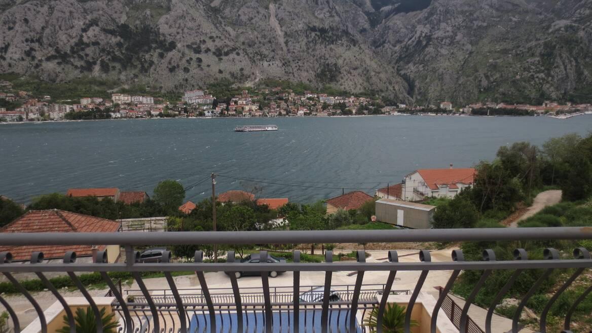 Muo, Kotor