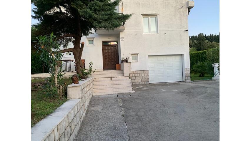 Ulica Iva Andrića 49, Podgorica