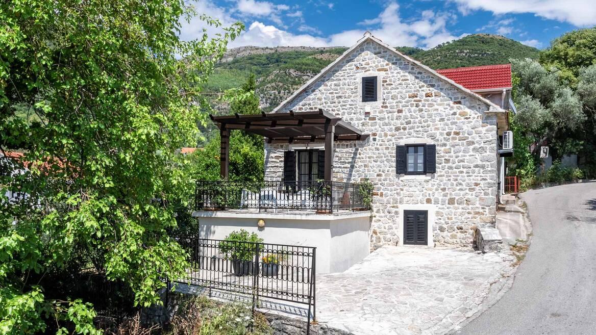 Seljanovo, Tivat